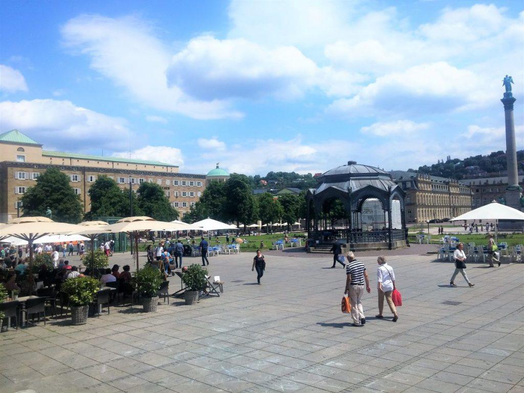 Blick vom Königsbau auf den Schlossplatz